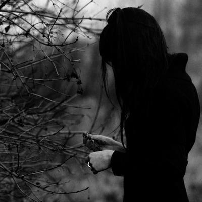 black-black-and-white-depressed-depression-sad-Favim.com-55858