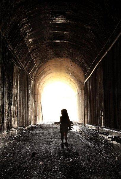 Lost Little Girl - Nathalie  Snyder (Large)