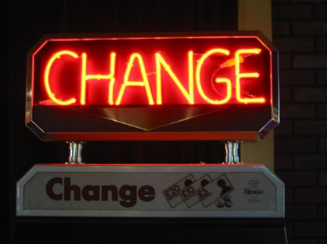 Neon_sign,_-CHANGE-2