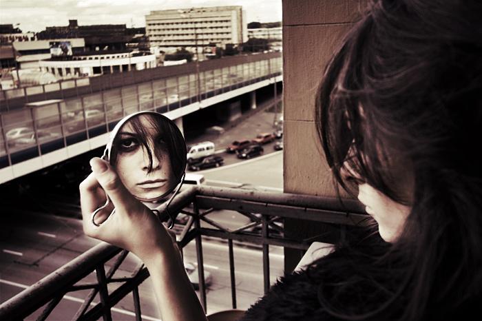 mirror_by_smth_fresh