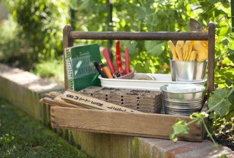 gardening-tools-2