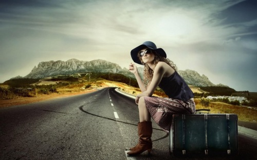 travelling_girl-wide