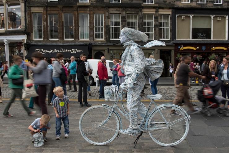 Royal Mile, Edinburgh, Scotland; Living Statue Performer; Fringe Festival
