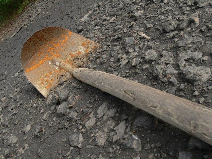 750982-spadegravedigging-1408509652